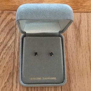 💙 14k Gold & Sapphire Dainty Stud Earrings! 💎💝✨